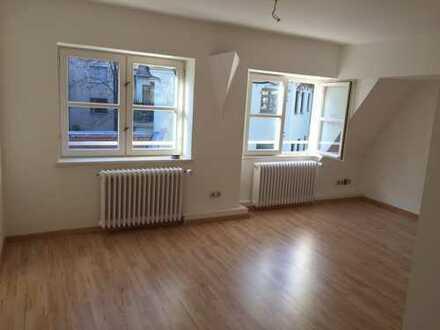 Viel Platz: 3-Zimmer-Maisonette-Wohnung in derAugsburger Altstadt