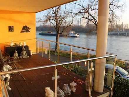 Traumwohnung mit direktem Rheinblick: luxuriöse 3-Zi-NEUBAU mit riesen Balkon - inkl EBK + SP