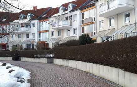 Gepflegte 3-Zimmer-Maisonette-Wohnung mit Balkon und EBK in Amberg