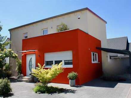 Top EFH - erstklassiges Ambiente mit kompaktem modernem Wohnstil in ruhigem Wohngebiet