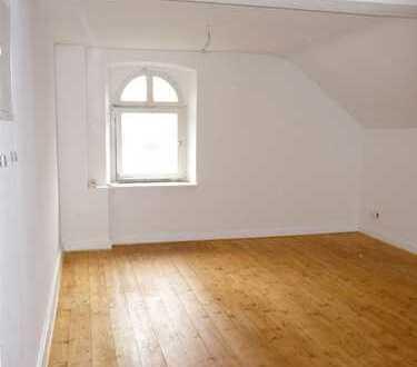 Denkmalschutzobjekt - saniert - 2 Zimmer Wohnung (H13-WE30)