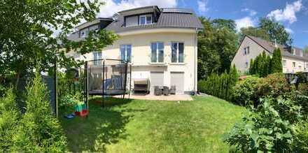 Neuwertige 5-Raum-Maisonette-Wohnung mit Garten in Berlin-Lichterfelde (Steglitz)