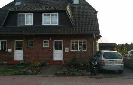 Schönes Haus mit viel Wohnfläche in ruhiger Lage (Ahrensfelde)