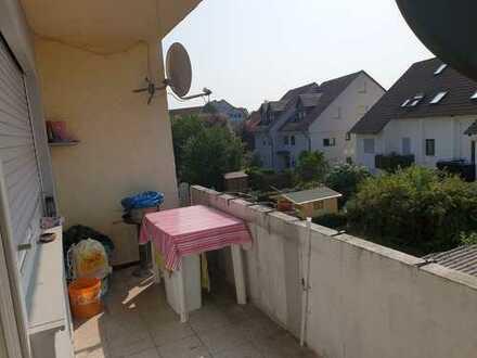 Schöne 3 Zimmer Wohnung mit großem Balkon in Sachsenheim zu verkaufen