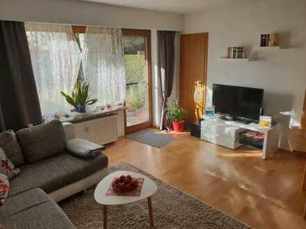 Wunderschöne, ruhige und helle 2-Zimmer-Erdgeschosswohnung mit 95 qm Garten in Fürstenfeldbruck