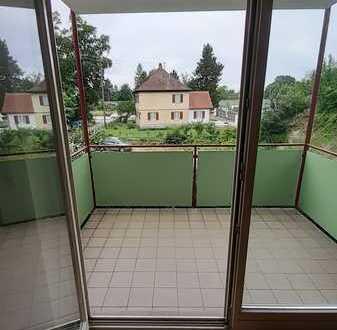 Freundliche 2-Zimmer-Wohnung mit Balkon in Mering