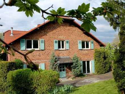 ++Wunderschönes Wohnhaus in historischer Hofanalage!++