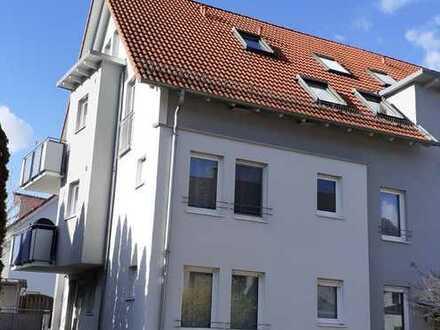 Ruhige, helle, gepflegte 3-Zimmer-Wohnung mit Balkon, in Urbach