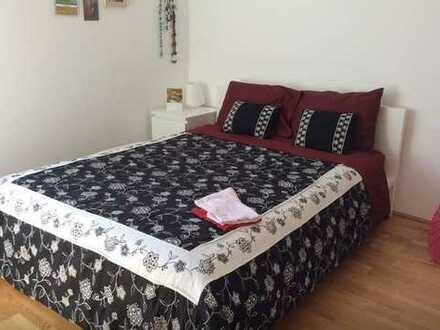 Exklusive, sanierte 2-Zimmer-Wohnung mit Balkon und EBK in Wasserburg am Inn
