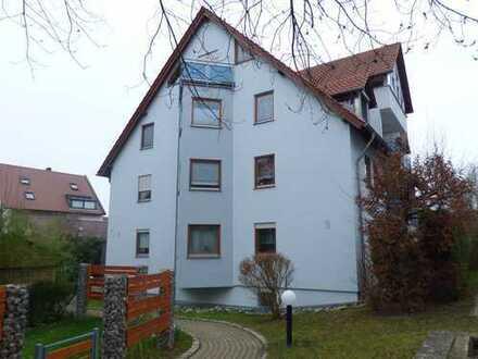 Ruhige 4-Zimmer-Wohnung mit großzügigem Garten zentral in Hochdorf