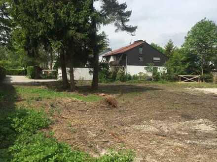 Gröbenzell: Ruhig gelegenes Grundstück in Top Lage