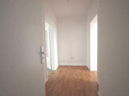 Nippes 3 Zimmerdachgeschoßwohnung mit Balkon-top saniert-keine WG-