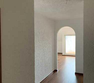 810 €, 94 m², 3 Zimmer