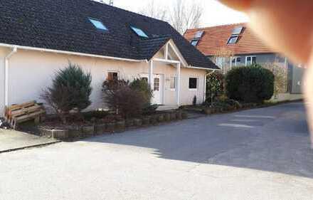 Neu renoviertes Einfamilienhaus in sehr idyllischer Lage.
