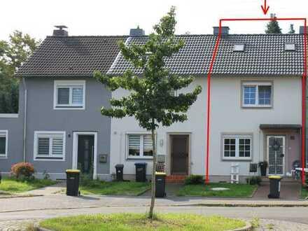 2831 - Gut saniertes 1-Familienhaus (RMH) mit Garage und Stellplatz in Castrop-Rauxel - Ickern