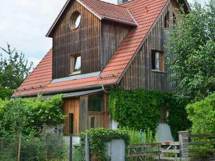 Bauplatz für 2 DHH bzw Einfamilienhaus mit Garten am Ortsrand von Garching
