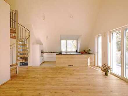 Exklusive Dachwohnung mit Galerie und großen Balkonen