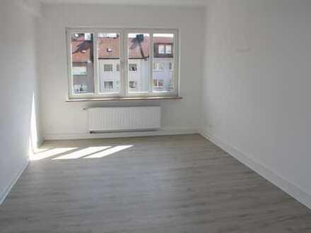 Frisch renovierte 2-Zimmer-Wohnung mit Balkon in Dortmund-City/Kreuzviertel