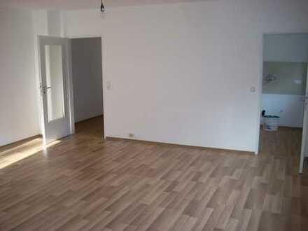 Erstbezug nach Sanierung: geräumige 1-Zimmer-Wohnung zur Miete in Pforzheim Würm