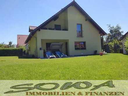 Attraktives Einfamilienhaus in sehr ruhiger Waldrandlage - Oberhausen - Ihr Immobilienexperte vor...