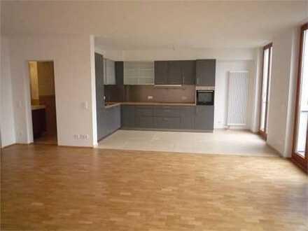 Neubau- Moderne 4 Zimmer Wohnung mit Balkon - Einbauküche - Parkett - 2 Bäder