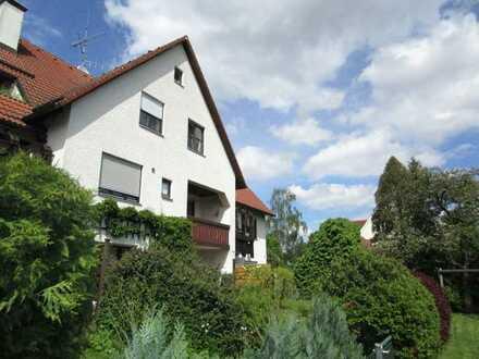 ** TraumWohnung** Maisonette, 2 Etagen, 4 ZKB/ Dachloggia, ca. 114 qm / TG-Platz, in Stadtbergen
