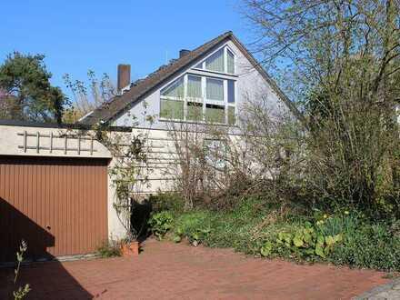 Haus mit 3 Wohneinheiten, ca. 230m² Wohnfläche, großer Garten und Garage