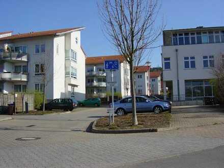 Schöne helle geräumige 2-Zimmer-Wohnung mit Balkon & Fußbodenheizung