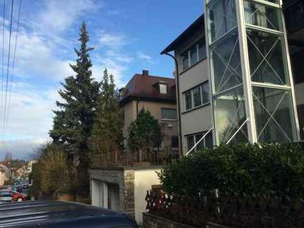 möbelierte 1-Zimmer-Wohnung mit Terrasse und EBK in Stuttgart