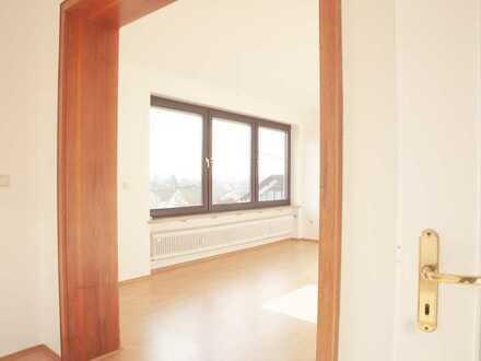 Helle 4 Zimmer Wohnung in bester Wohnlage - Erstbezug Sanierung, gehobene Ausstattung, Ausblick!!