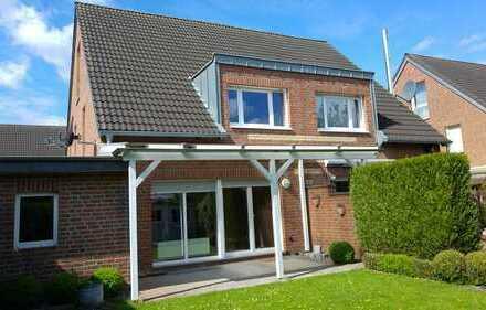 Gepflegte Doppelhaushälfte mit Garage, Terrasse und Garten