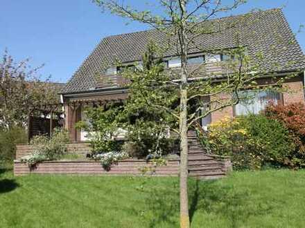Viel Platz im Einfamilienhaus auf schönem und großem Grundstück in ruhiger Lage im grünen Osterholz