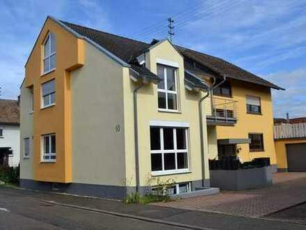 Seltene Gelegenheit - Mehrfamilienhaus in Wintersdorf !
