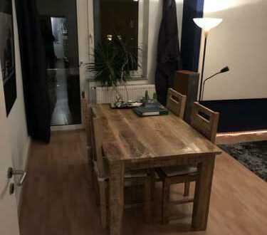 Nachmieter gesucht: 62qm, zwei Zimmer in Ehrenfeld / Nicht möbliert / Keine WG