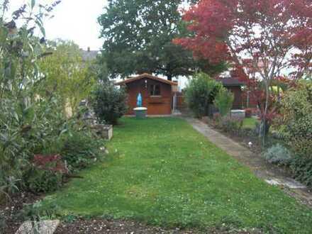 Gepflegtes Reihenmittelhaus mit Garten für kleine Familie