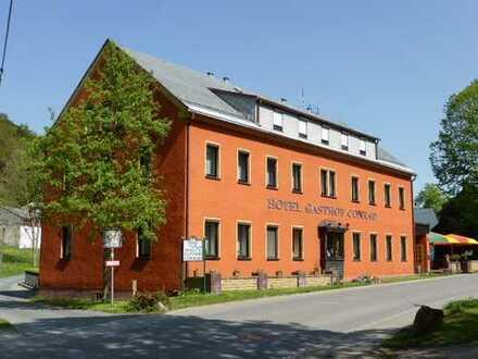 Große Immobilie in Frauenstein, welches als Mehrgenerationshaus, betreutes Wohnen usw. geeignet ist.