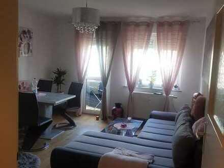 Vollständig renovierte 3-Raum-Wohnung mit Balkon in Ludwigshafen am Rhein