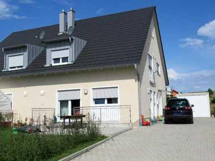 Ch.Schülke Immobilien- Neuwertige Doppelhaushälfte in ruhiger Lage