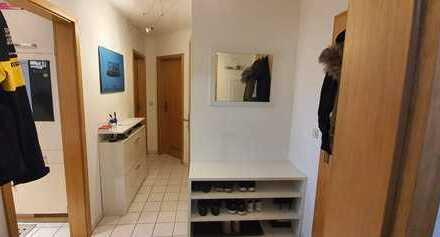 Gepflegte 2-Zimmer-Wohnung mit Balkon und Einbauküche in Gäufelden