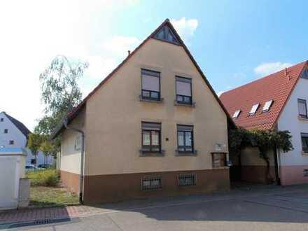 Einfamilienhaus im Herzen von Hambrücken