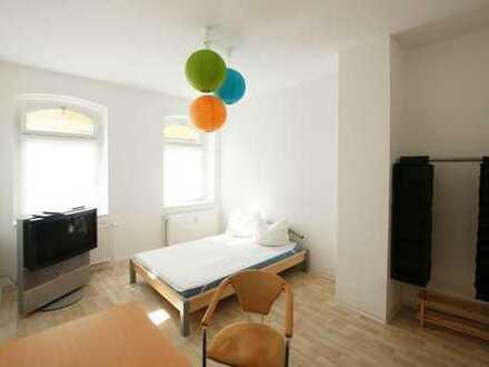 Singlewohnung mit Balkon und Altbaucharme