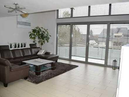 Exklusives Einfamilienhaus mit Einliegerwohnung in hervorragender Lage - Böblingen Waldburg PRIVAT