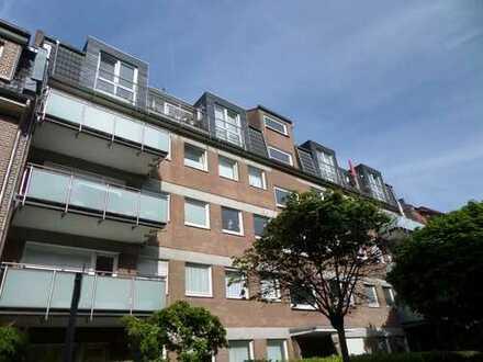 Schöne 2-Zi.-Wohnung mit großem Balkon im Kreuzviertel