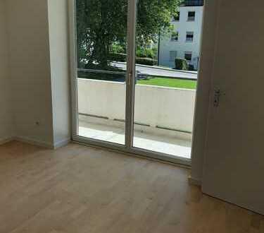 Schöne, helle frisch sanierte zwei Zimmer Wohnung in Ebersberg