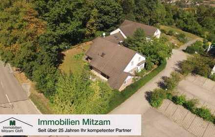Einfamilienhaus mit Einliegerwhg., Gartenparkanlage und Doppelgarage in Naturlage (Beilngries/OT)