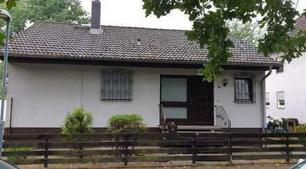 Freistehendes Einfamilienhaus in Neu-Isenburg!