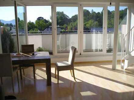 Moderne Galerie-Wohnung im 4. OG, Panoramablick, Fußbodenheizung, kein Aufzug