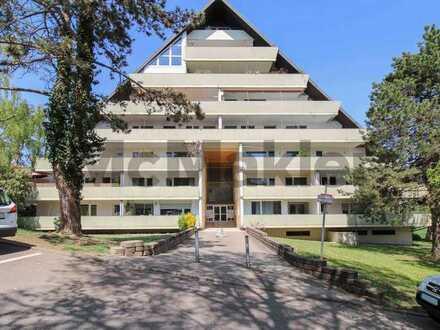 Stilvoll und individuell: Großzügige 3-Zimmer-Wohnung mit Sonnenbalkon im Grünen