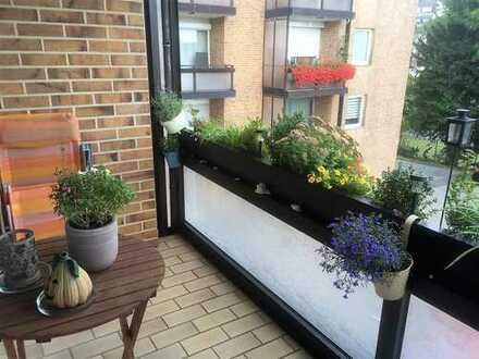 Exklusive und moderne, sonnige 2-Zimmer-Wohnung mit Balkon und Einbauküche in erstklassiger Lage