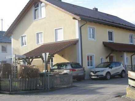Großzügige Doppelhaushälfte mit hellen Räumen, Au in der Hallertau